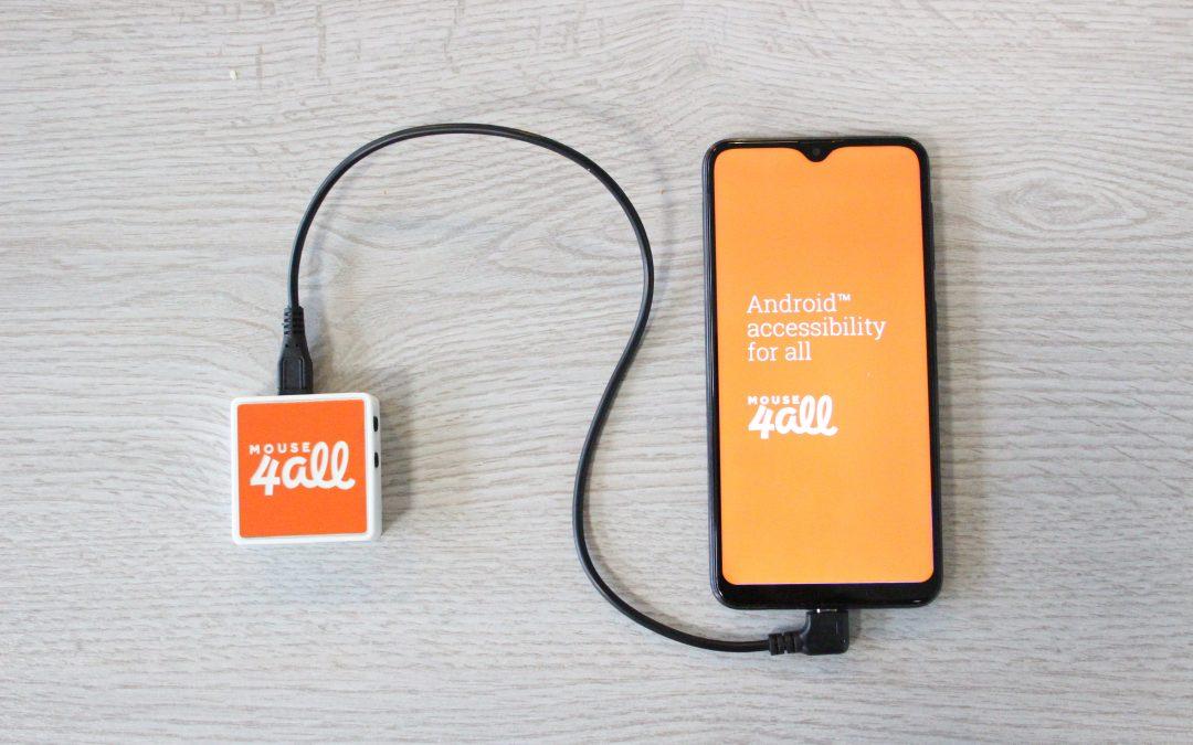 Image représentant un téléphone relié à la Mouse4All Box